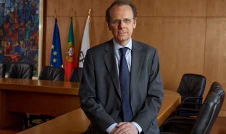 A nova realidade do mercado de trabalho, a opinião de Paulo Nunes de Almeida